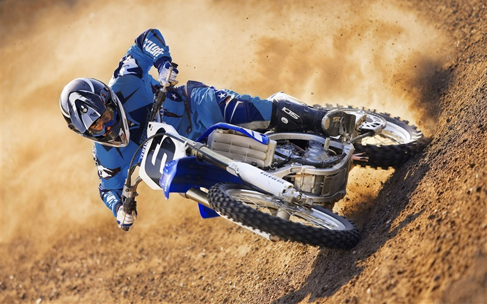 Yamaha motorcycle race Wallpapers Pictures Photos Images