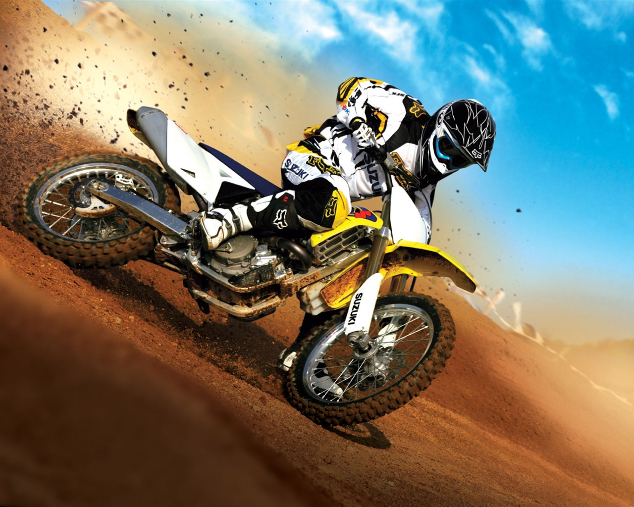 Suzuki motorcycle race 1280x1024 wallpaper