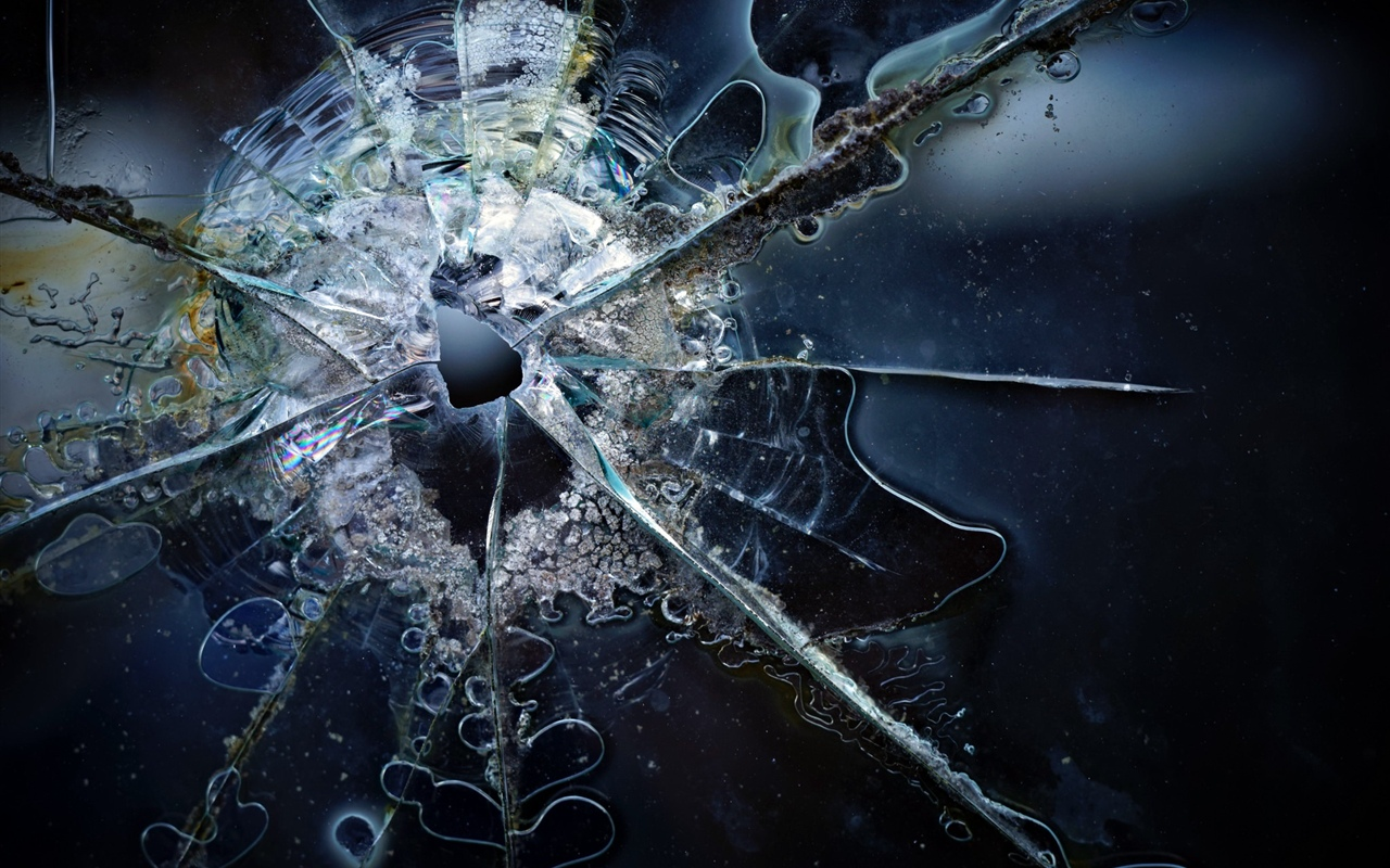Glass broken 1280x800 wallpaper
