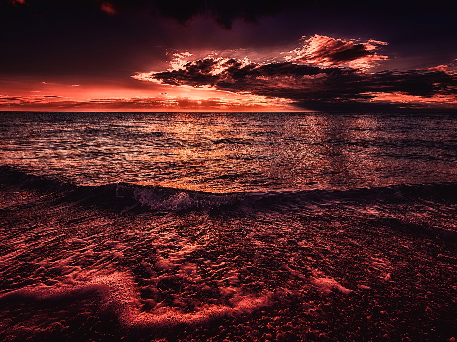 Sea, sunset, evening, red style 1600x1200 wallpaper