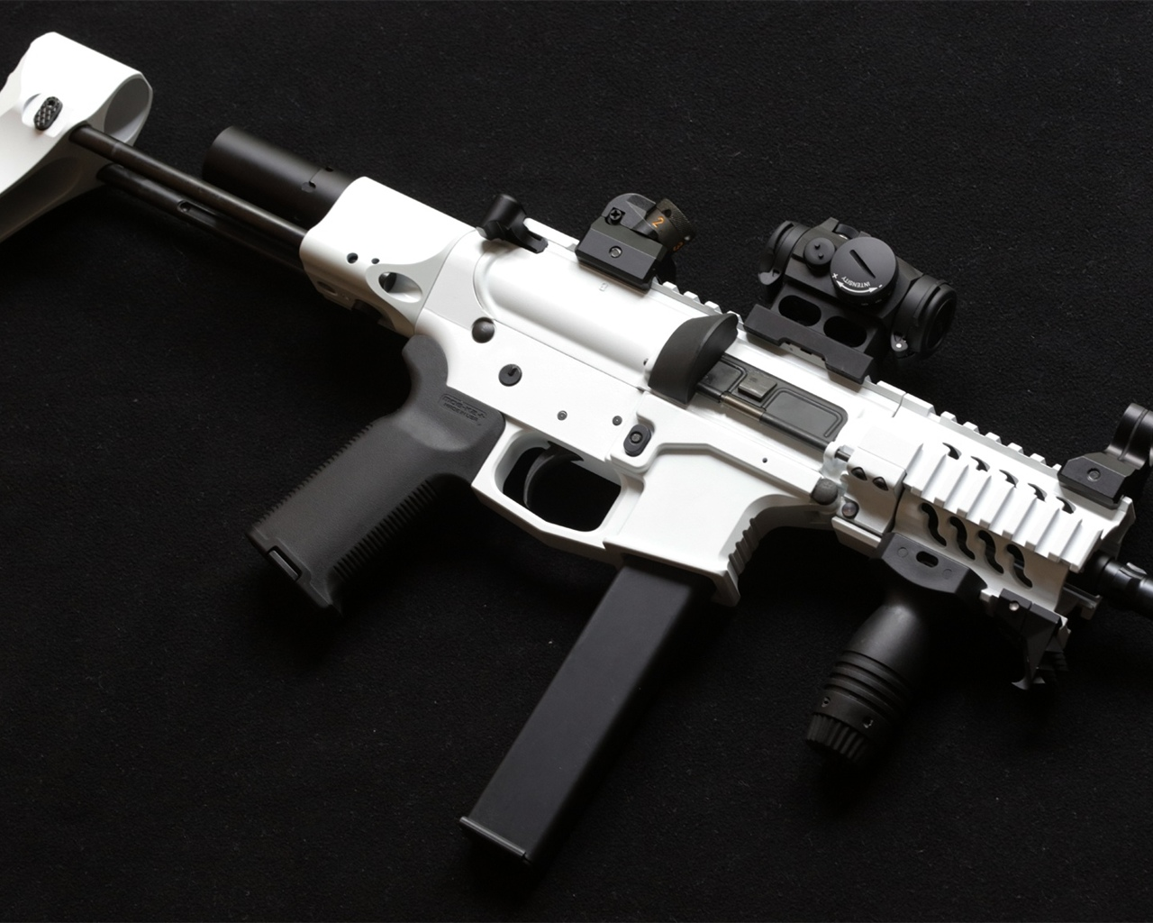 AR-15 style rifle, weapon 1280x1024 wallpaper