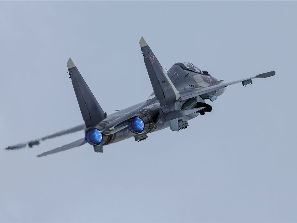 Su-30SM airplane, sky 1024x768 wallpaper