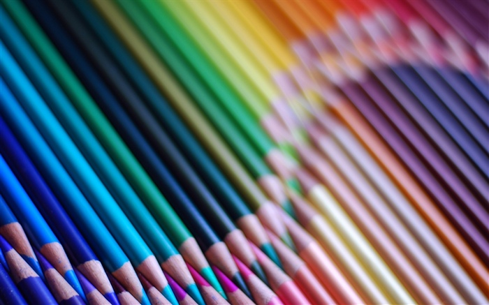 Colorful pencils, hazy Wallpapers Pictures Photos Images