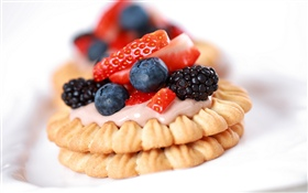 Cookie, blackberry, strawberry HD wallpaper